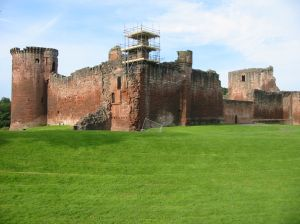 Bothwell Castle (Krustee at stock.xchng)