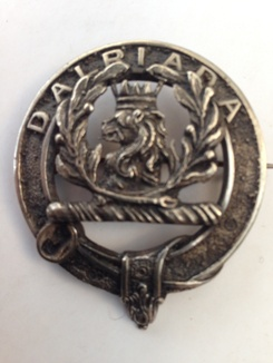 An older MacLaren clansman's badge